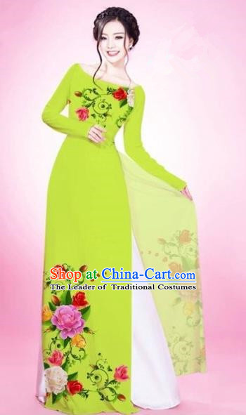 Traditional Top Grade Asian Vietnamese Costumes Classical Painting Flowers Light Green Cheongsam, Vietnam National Vietnamese Young Lady Bride Wedding Round Collar Ao Dai Dress