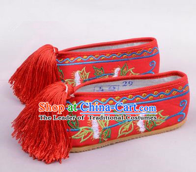 Chinese Ancient Peking Opera Young Lady Embroidered Hua Tan Shoes, Traditional China Beijing Princess Opera Red Embroidered Shoes
