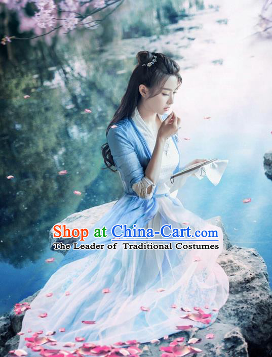 Traditional Ancient Chinese Swordswoman Costume, A Life Time Love Chinese Peri Young Lady Hanfu Clothing and Handmade Headpiece Complete Set for Women