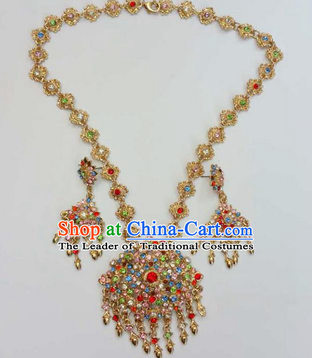 Traditional Thailand Ancient Handmade Golden Accessories Necklace, Traditional Thai China Dai Nationality Crystal Torque for Women