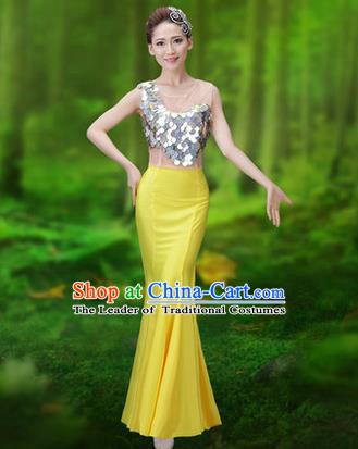 Traditional Chinese Dai Nationality Peacock Dance Costume, Folk Dance Ethnic Pavane Clothing, Chinese Minority Nationality Dance Yellow Dress for Women