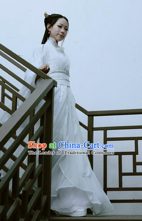 Traditional Chinese Swordswoman Costume, Elegant Hanfu Cosplay Fairy Clothing Ancient Chinese Peri White Dress for Women