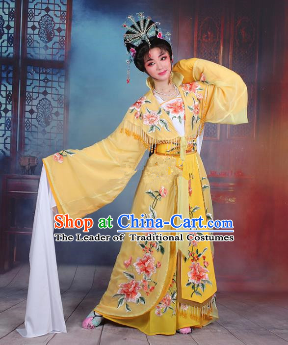 Traditional China Beijing Opera Young Lady Hua Tan Costume Imperial Concubine Yellow Embroidered Cape, Ancient Chinese Peking Opera Diva Embroidery Peony Dress Clothing