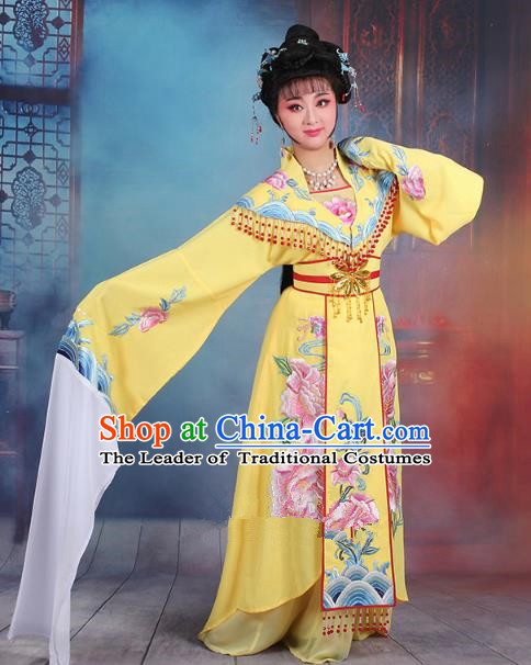 Traditional China Beijing Opera Young Lady Hua Tan Costume Yellow Embroidered Dress, Ancient Chinese Peking Opera Diva Senior Concubine Embroidery Clothing