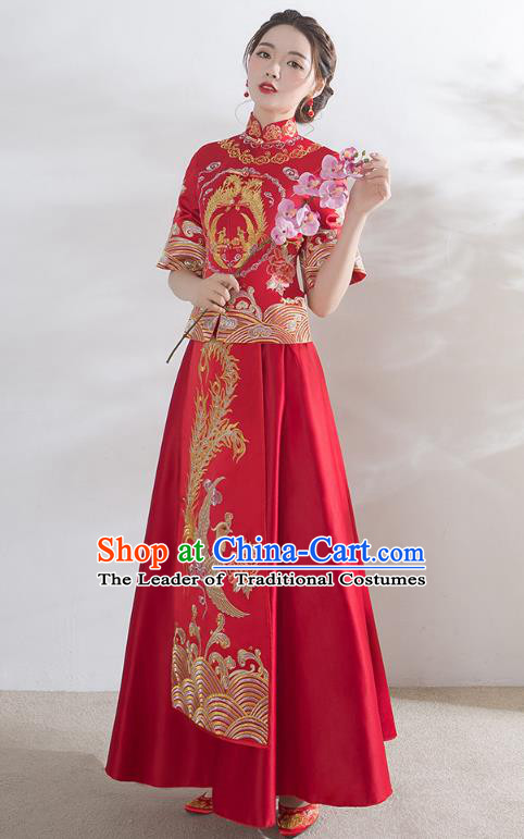 Traditional Ancient Chinese Wedding Costume Middle Sleeve Xiuhe Suits, Chinese Style Wedding Dress Red Restoring Longfeng Dragon and Phoenix Flown Bride Toast Cheongsam for Women