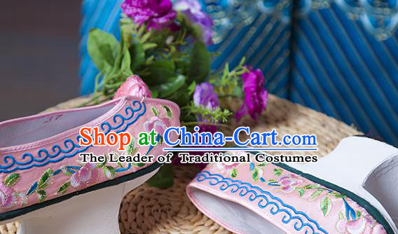Traditional Chinese Qing Dynasty Princess Pink Embroidered Shoes Saucers, China Ancient Manchu Palace Lady Blood Stained Shoes for Women