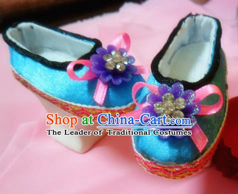 Traditional Handmade Chinese Ancient Qing Dynasty Manchu Palace Lady Shoes Princess Embroidered Shoes for Women