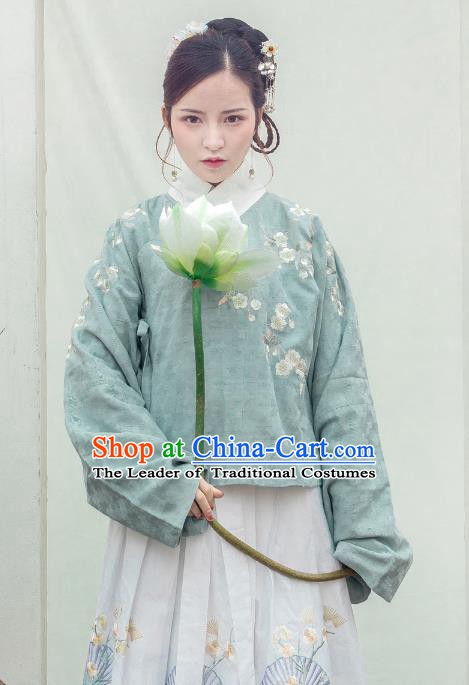 Traditional Chinese Ming Dynasty Palace Lady Costume Ancient Princess Embroidered Green Blouse for Women