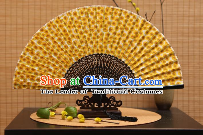 Traditional Chinese Crafts Printing Yellow Folding Fan, China Beijing Opera Silk Fans for Women