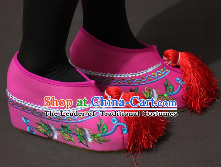 Traditional China Beijing Opera Actress Embroidery Pink Shoes, Chinese Peking Opera Young Lady Blood Stained Shoes