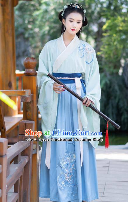 Chinese Ancient Jin Dynasty Swordswoman Costumes Embroidered Hanfu Dress for Women