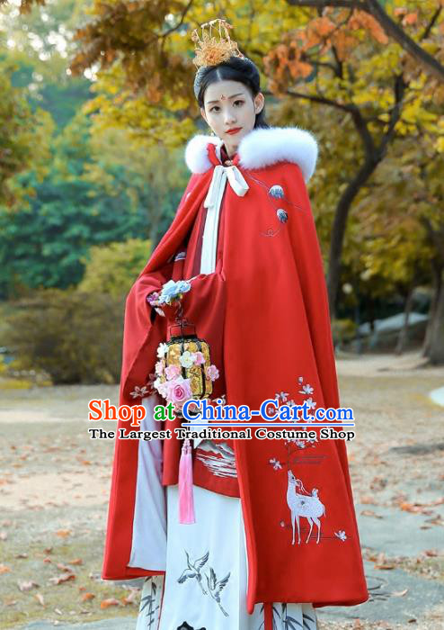 Chinese Ancient Ming Dynasty Nobility Lady Costumes Embroidered Red Cloak for Women