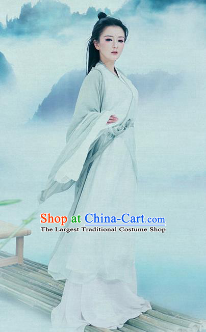 Traditional Chinese Jin Dynasty Costumes Ancient Swordswoman Dress and Headpiece for Women