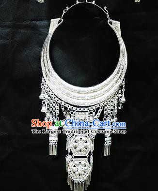Chinese Traditional Miao Nationality Jewelry Accessories Hmong Sliver Tassel Necklace for Women