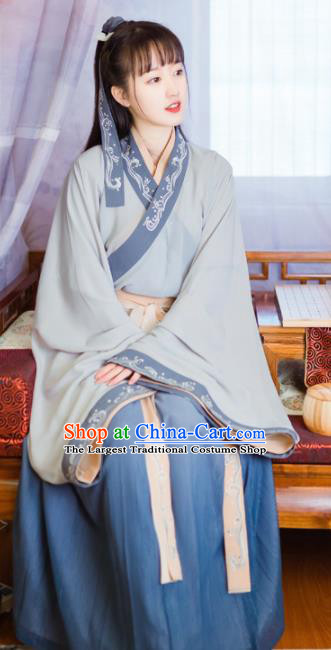 Chinese Ancient Swordswoman Costumes Jin Dynasty Nobility Lady Embroidered Dress for Women
