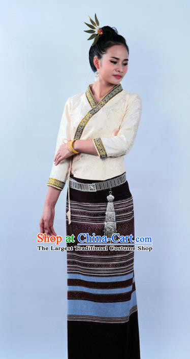Asian Chinese Ethnic Costumes Traditional Dai Nationality Folk Dance White Blouse and Brown Skirt for Women