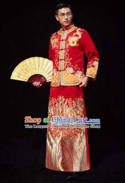 Chinese Traditional Wedding Red Costumes Ancient Bridegroom Long Gown for Men