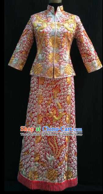 Traditional Chinese Embroidered Xiuhe Suit Ancient Bride Red Wedding Costumes for Women