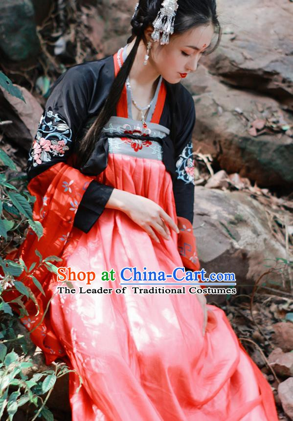 China Tang Dynasty Court Maid Embroidered Costume Ancient Princess Clothing for Women