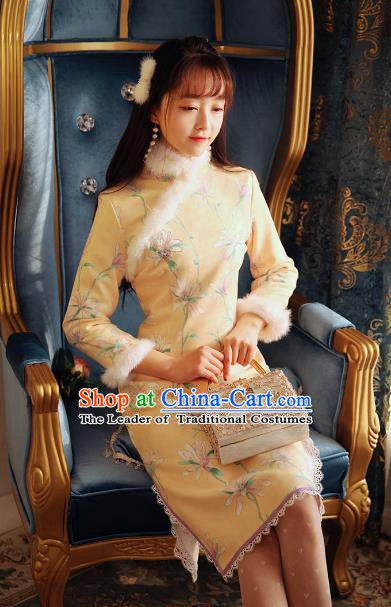 Traditional Chinese National Tangsuit Embroidered Qipao Dress Cheongsam Clothing for Women