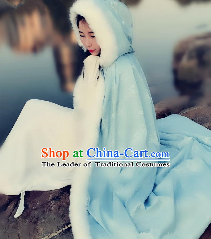 Chinese Ancient Ming Dynasty Princess Costume Green Long Cloak for Women