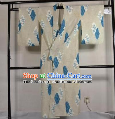 Japanese Traditional Male Kimono Clothing White Satin Haori Kimonos Yukata Robe for Men