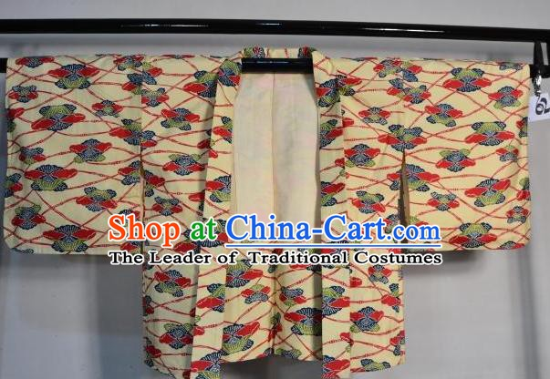 Japanese Traditional Yukata Robe Japan Samurai Yellow Haori Kimonos Clothing for Men