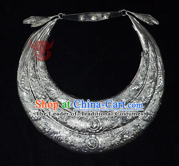 Traditional Chinese Miao Nationality Accessories Necklets Hmong Sliver Necklace for Women