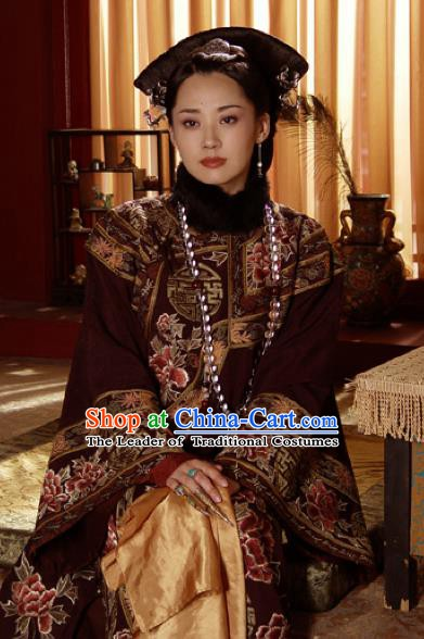 Ancient Chinese Qing Dynasty Manchu Empress Dowager Xiao Zhuang Embroidered Historical Costume for Women