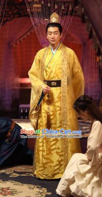 Traditional Chinese Ming Dynasty Ancient Emperor Ying Zhu Qizhen Costume Dragon Robe for Men