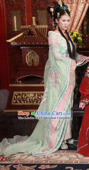 Chinese Ancient Ming Dynasty Imperial Consort of Zhu Youxiao Embroidered Dress Historical Costume for Women