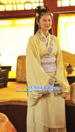 Chinese Ancient Ming Dynasty Palace Princess Embroidered Dress Historical Costume for Women