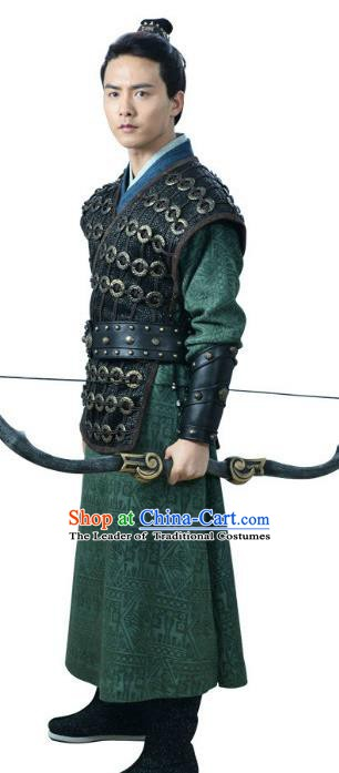 Ancient Chinese Song Dynasty Hunter Swordsman Embroidered Replica Costume for Men