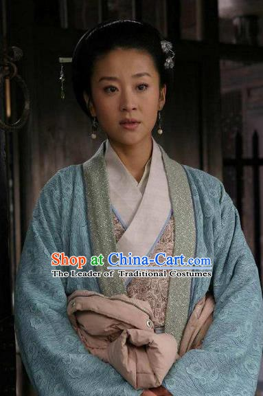 Chinese Ancient Song Dynasty Young Lady Embroidered Replica Costume for Women