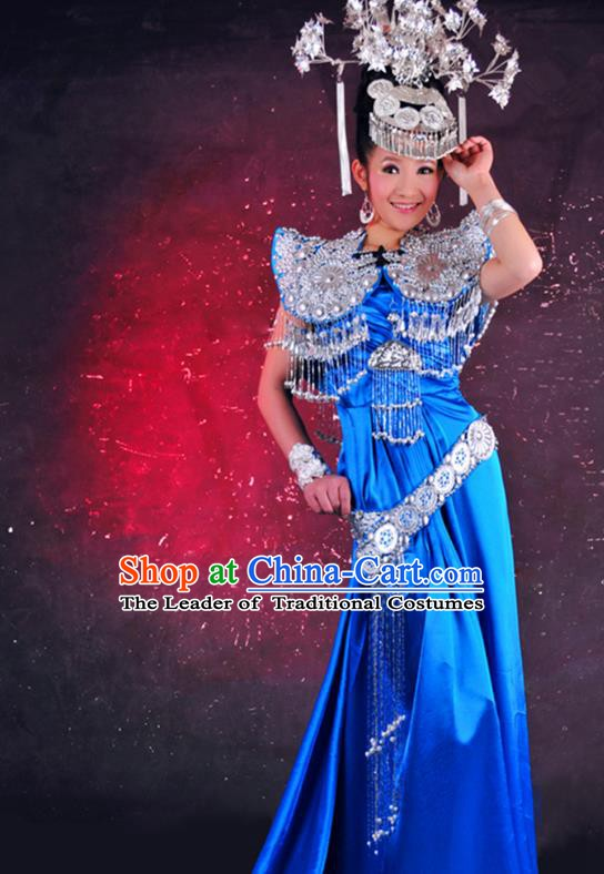 Traditional Chinese Miao Minority Nationality Costume and Headwear Complete Set for Women