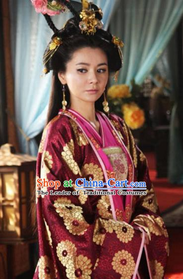 Chinese Ancient Five Dynasties and Ten Kingdoms Queen Zhang Lihua Embroidered Replica Costume for Women