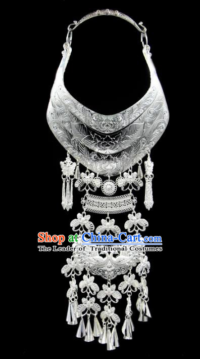 Chinese Traditional Miao Nationality Accessories Sliver Peacock Necklace, Hmong Ethnic Female Tassel Necklet for Women