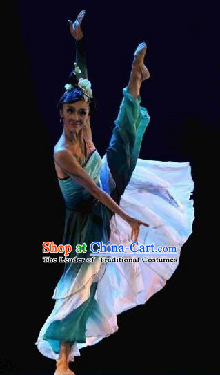 Traditional Chinese Classical Dance Costume, Folk Dance Umbrella Dance Green Dress Clothing for Women