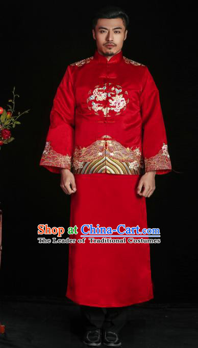 Chinese Traditional Embroidered Wedding Costume China Ancient Bridegroom Tang Suit Red Gown for Men