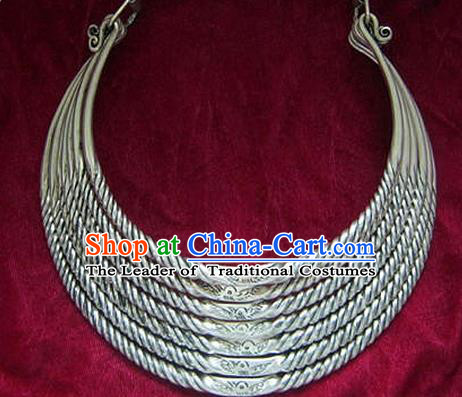 Chinese Miao Nationality Ornaments Carving Sliver Necklace Traditional Hmong Necklet for Women