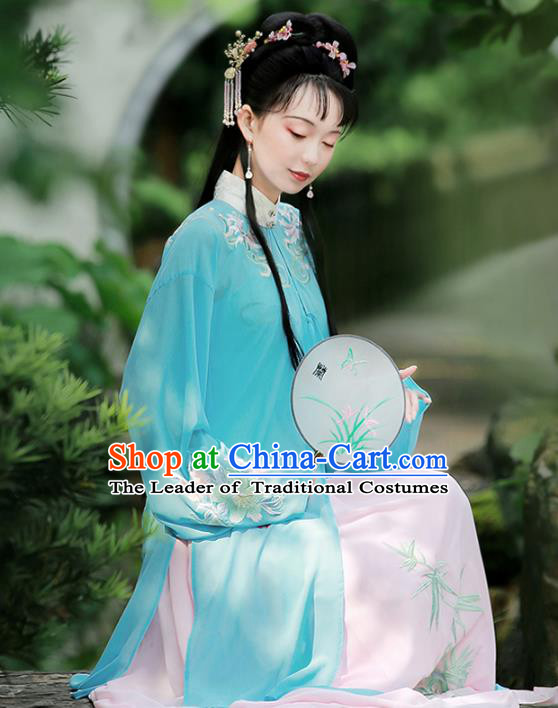Traditional Chinese Ancient Ming Dynasty Princess Hanfu Dress Embroidered Costumes for Women