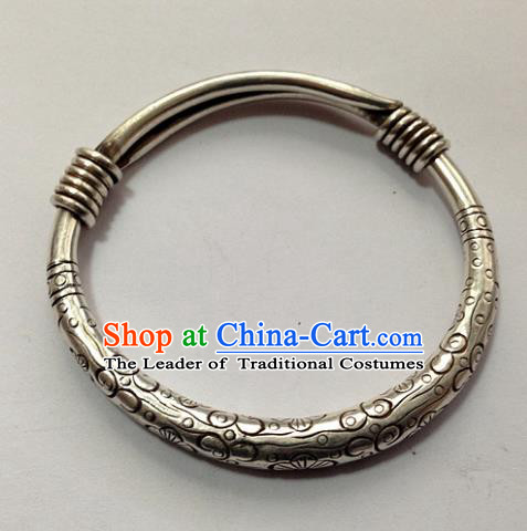 Handmade Chinese Miao Nationality Craft Carving Bracelet Traditional Hmong Sliver Bangle for Women