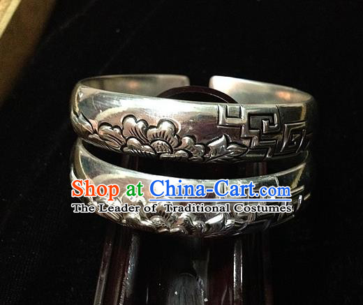 Handmade Chinese Miao Nationality Craft Carving Peony Sliver Bracelet Traditional Hmong Bangle for Women