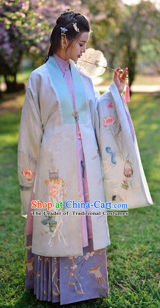 Chinese Ming Dynasty Maidenform Embroidered Costume Ancient Nobility Lady Hanfu Dress for Women