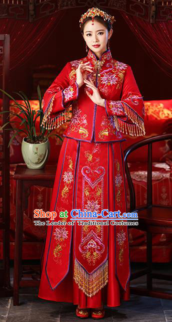 Chinese Ancient Embroidered Wedding Costumes Bride Red Formal Dresses Tassel XiuHe Suit for Women
