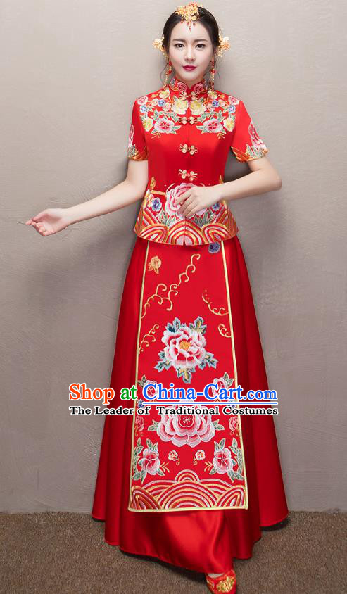 Chinese Traditional Xiuhe Suit Embroidered Peony Longfeng Flown Ancient Wedding Dress for Women