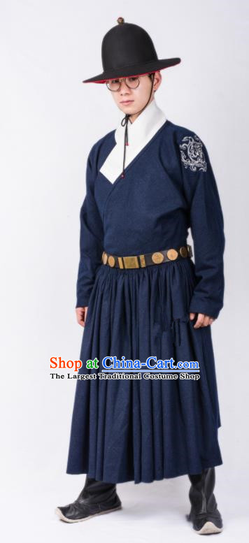 Chinese Ancient Swordsman Blades Clothing Traditional Ming Dynasty Imperial Bodyguard Costumes for Men