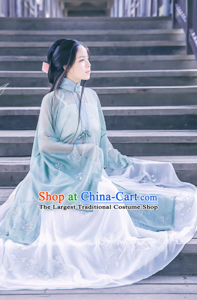 Chinese Ancient Nobility Lady Dress Ming Dynasty Embroidered Costumes Complete Set for Rich Women