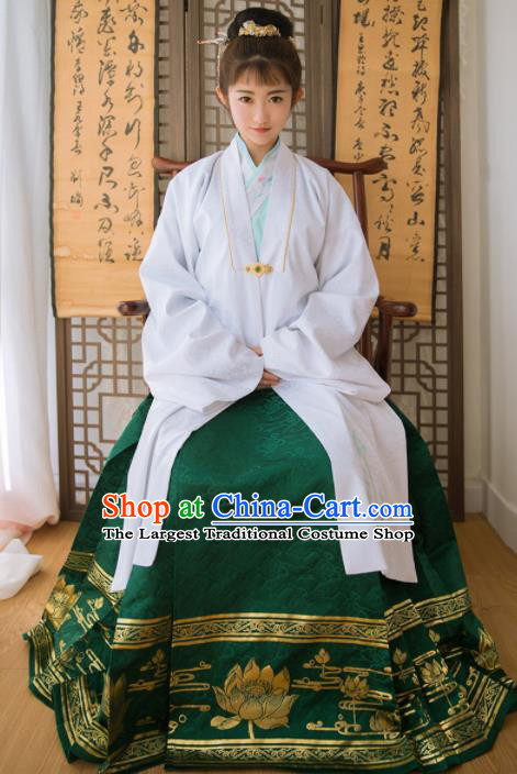 Chinese Ancient Dowager Embroidered Hanfu Dress Ming Dynasty Palace Traditional Historical Costume for Women