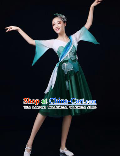 Traditional Chinese Spring Festival Gala Dance Green Dress Chorus Modern Dance Costume for Women